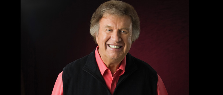 Where do you purchase tickets for the Gaither homecoming tour?
