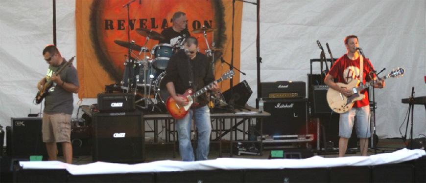 SlawDog concert