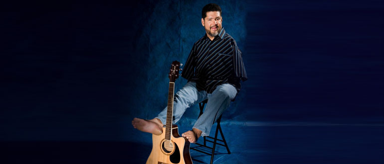Tony Melendez concert