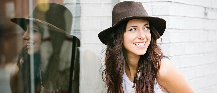 Lara Landon