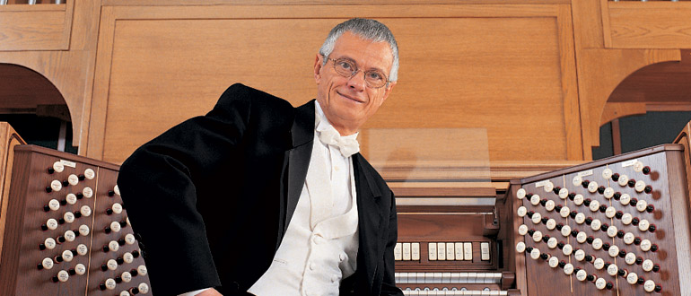 Hector Olivera concert