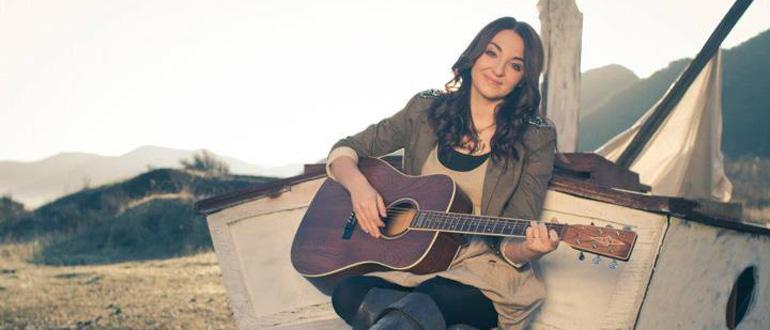 Nicole Croteau concert