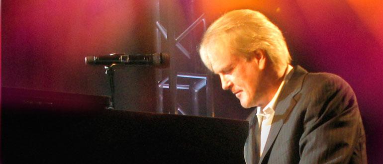 John Tesh concert