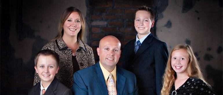 Rob Mills Family