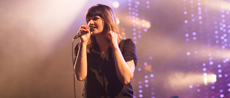 Amanda Cook concert